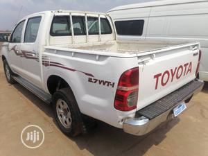 Toyota Hilux 2009 2.7 VVT-i 4X4 SRX White   Cars for sale in Oyo State, Ibadan