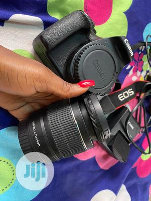 Canon EOS 1300D   Photo & Video Cameras for sale in Lagos State, Mushin