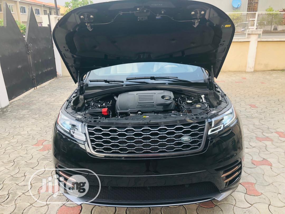 Archive: Land Rover Range Rover Velar 2018 P250 SE R-Dynamic 4x4 Black