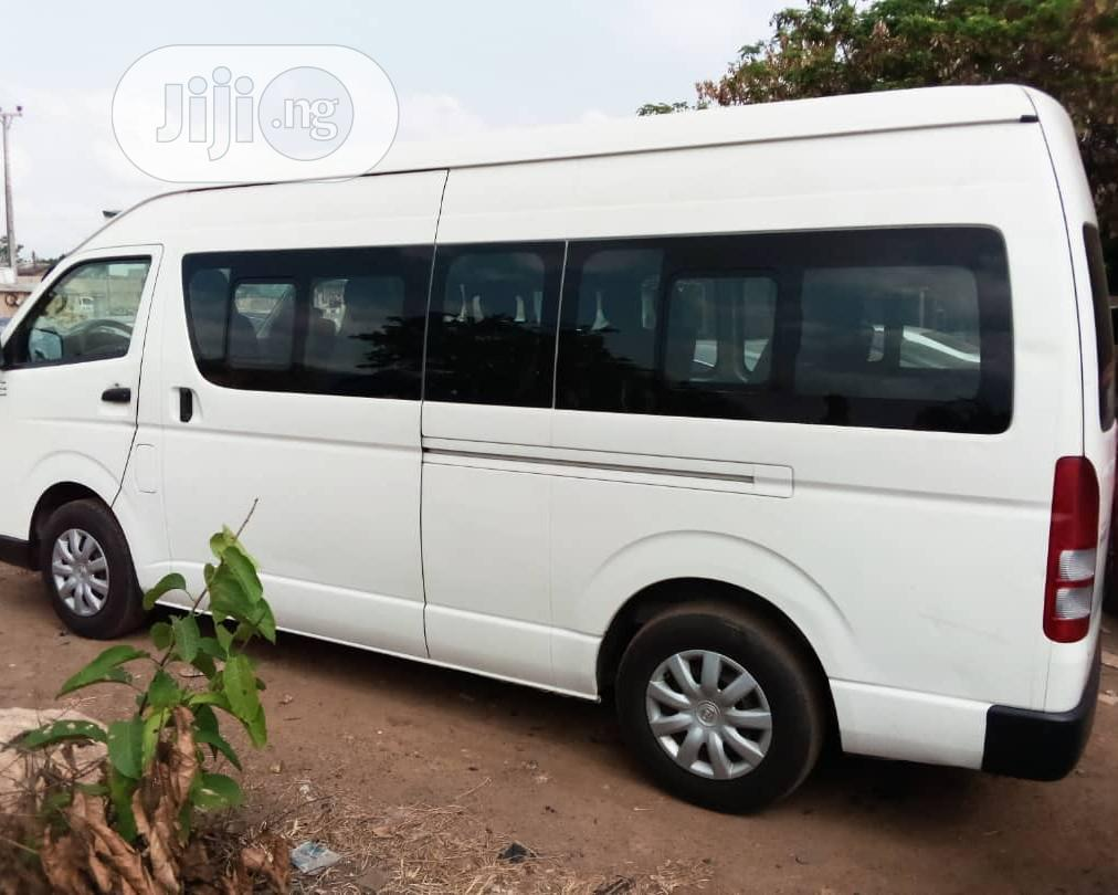 Archive: 2015 Toyota Hiace Hummer Bus 3 Available for Sale