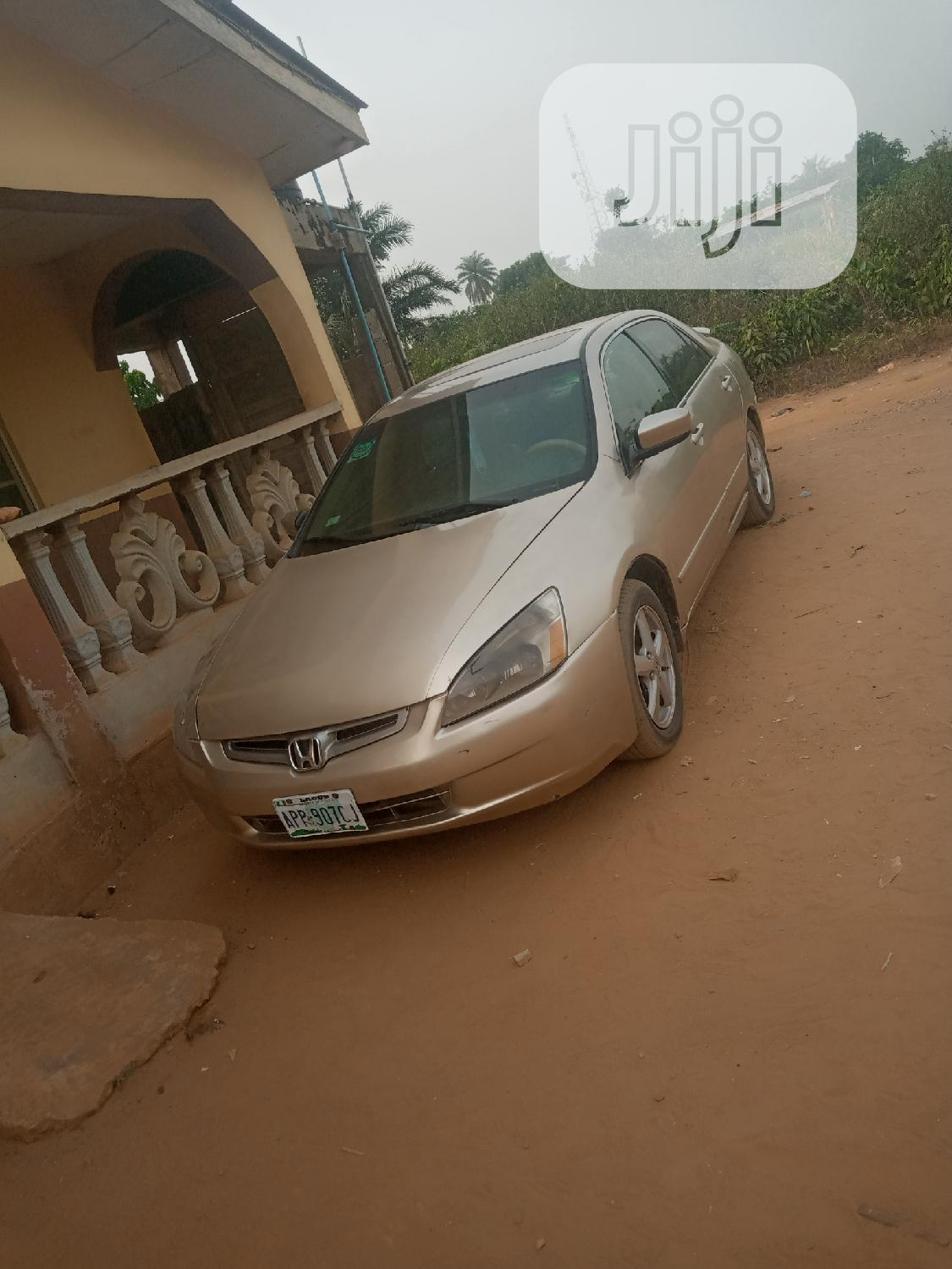 Honda Accord 2005 2.0 Comfort Automatic Gold | Cars for sale in Ijebu Ode, Ogun State, Nigeria