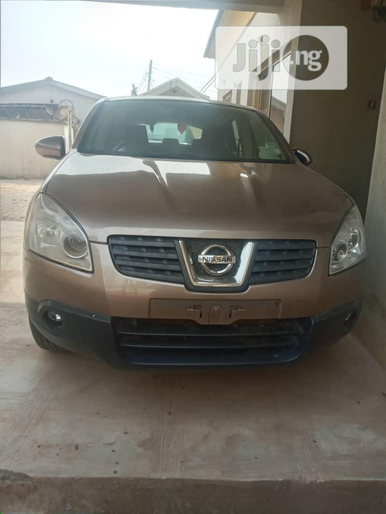 Archive: Nissan Qashqai 2008 2.0 Automatic Gold