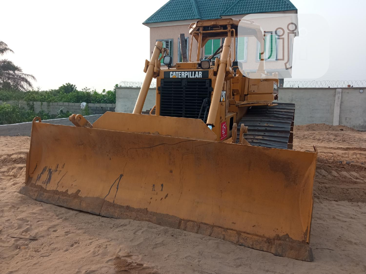CAT Bulldozer D6H for Sale | Heavy Equipment for sale in Ibeju, Lagos State, Nigeria