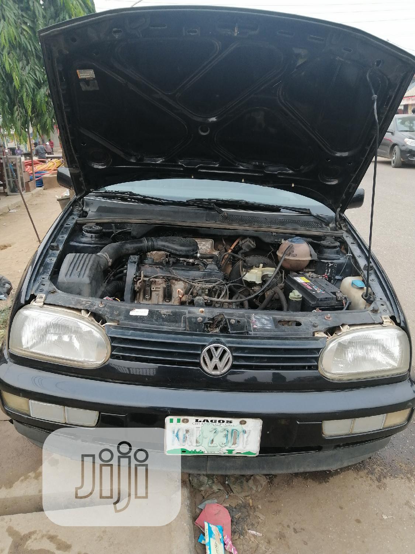 Archive: Volkswagen Golf 1999 2.0 Automatic Black