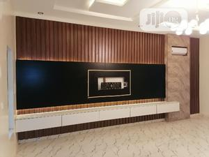 Luxurious Wall Cladding /Tv Wall +Floating Shelves Lights | Furniture for sale in Lagos State, Lekki