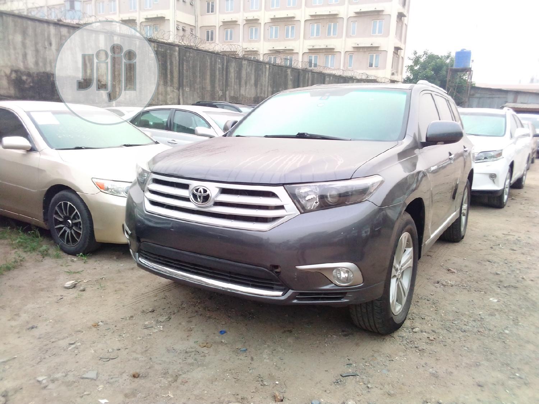 Toyota Highlander 2012 Limited Gray