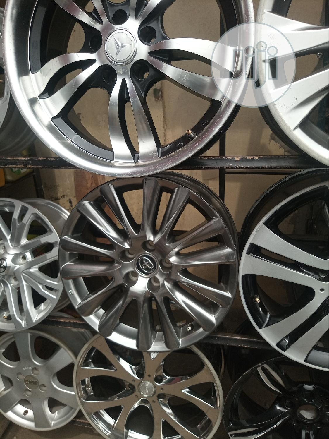 Size 18 Inches for Toyota Available | Vehicle Parts & Accessories for sale in Mushin, Lagos State, Nigeria