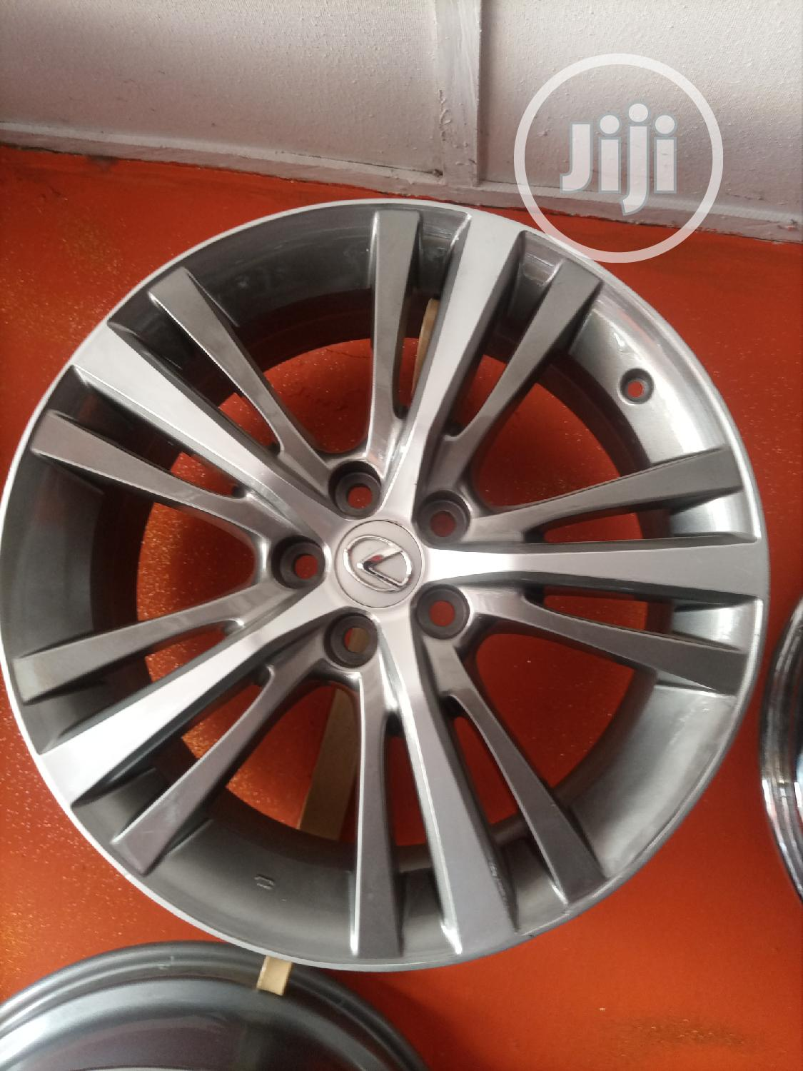 19 Inches for Toyota Lexus Available