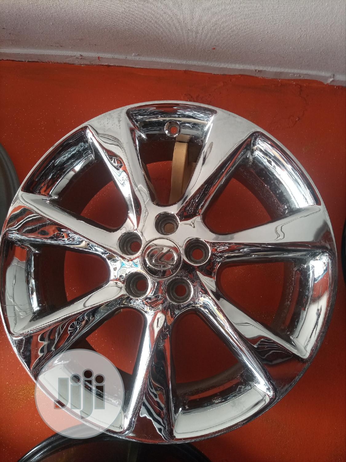 19 Inches for Toyota Lexus Available | Vehicle Parts & Accessories for sale in Mushin, Lagos State, Nigeria