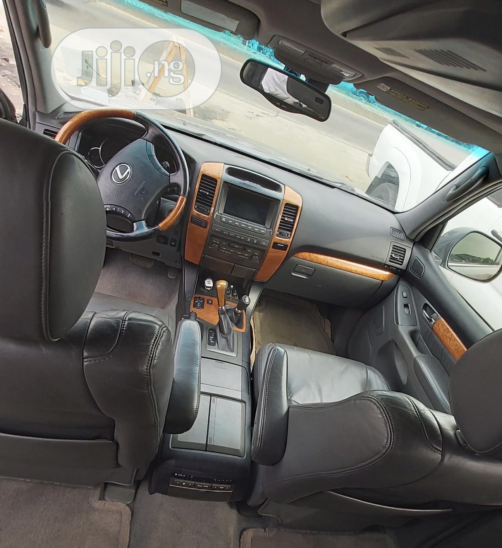 Lexus GX 2006 470 Sport Utility Gray | Cars for sale in Ajah, Lagos State, Nigeria