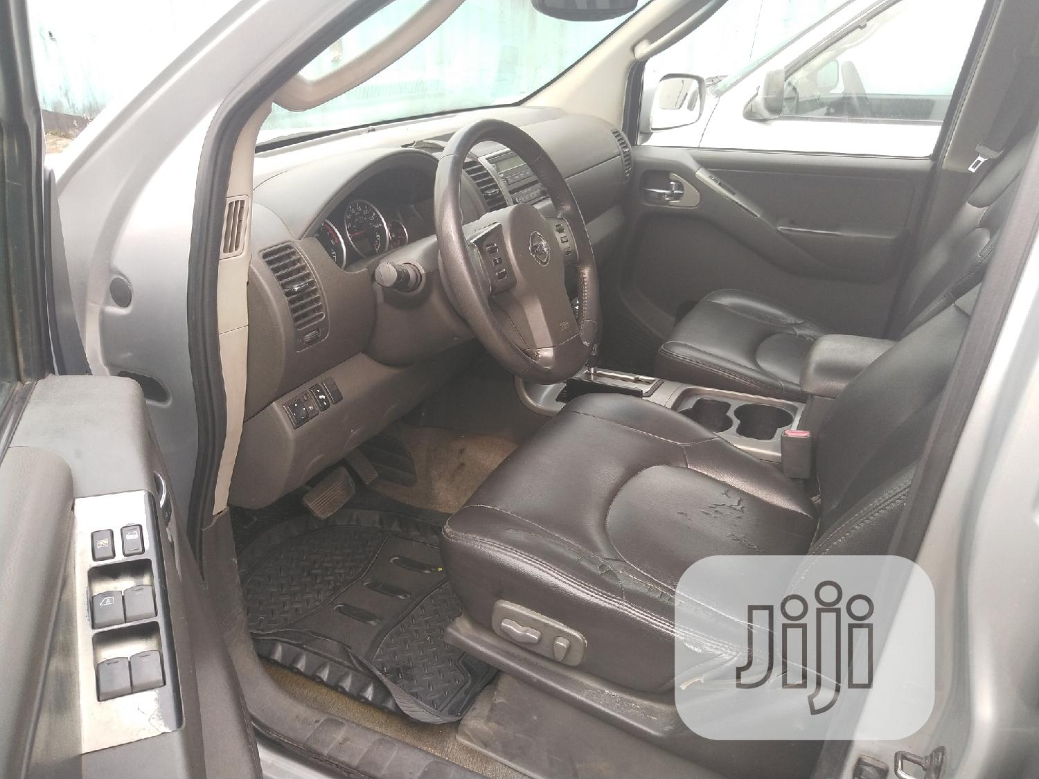 Nissan Pathfinder 2005 SE Silver | Cars for sale in Port-Harcourt, Rivers State, Nigeria