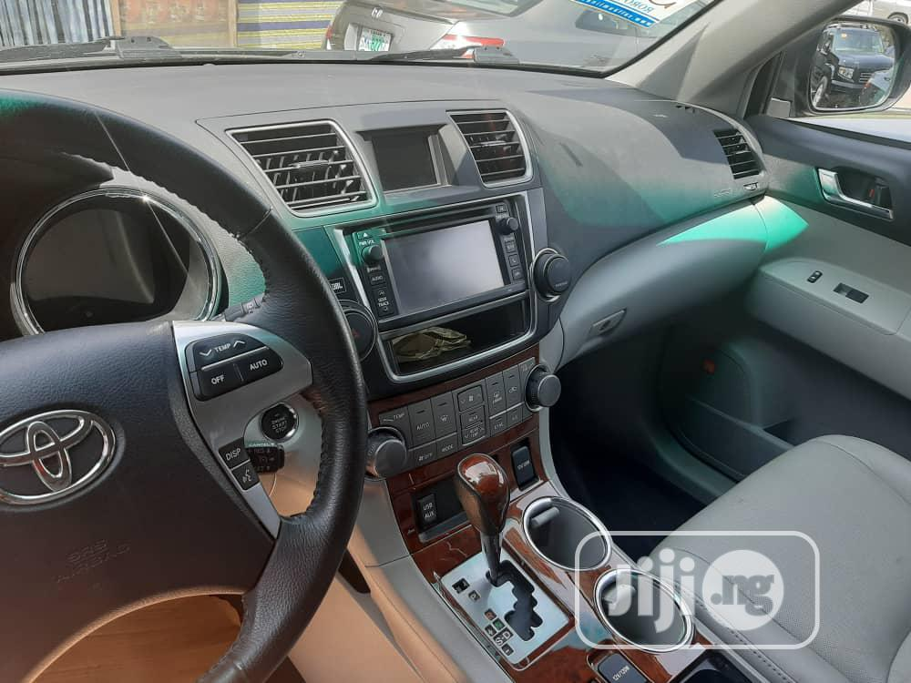 Toyota Highlander 2013 3.5L 4WD Green | Cars for sale in Isolo, Lagos State, Nigeria