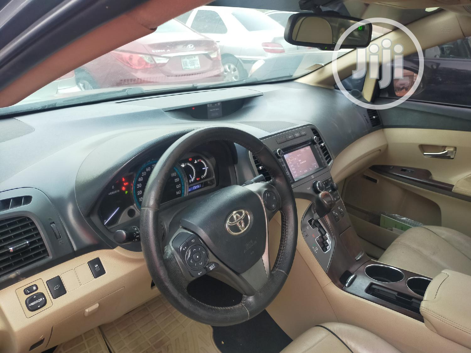 Archive: Toyota Venza 2013 XLE AWD Green