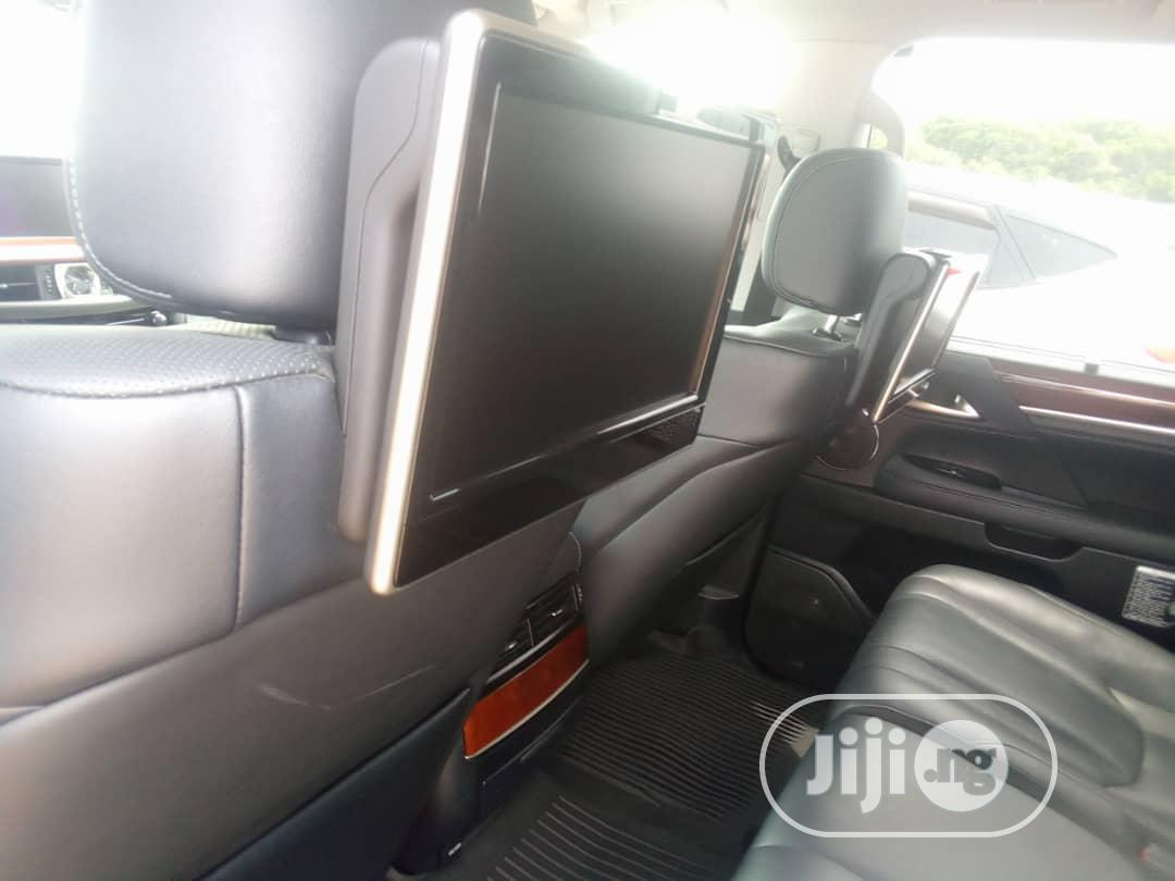 Archive: New Lexus LX 2016 570 Base Black
