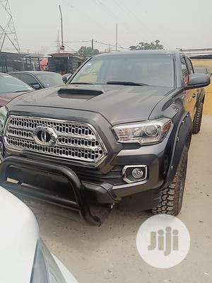 Toyota Tacoma 2016 4dr Double Cab Gray | Cars for sale in Lagos State, Ajah