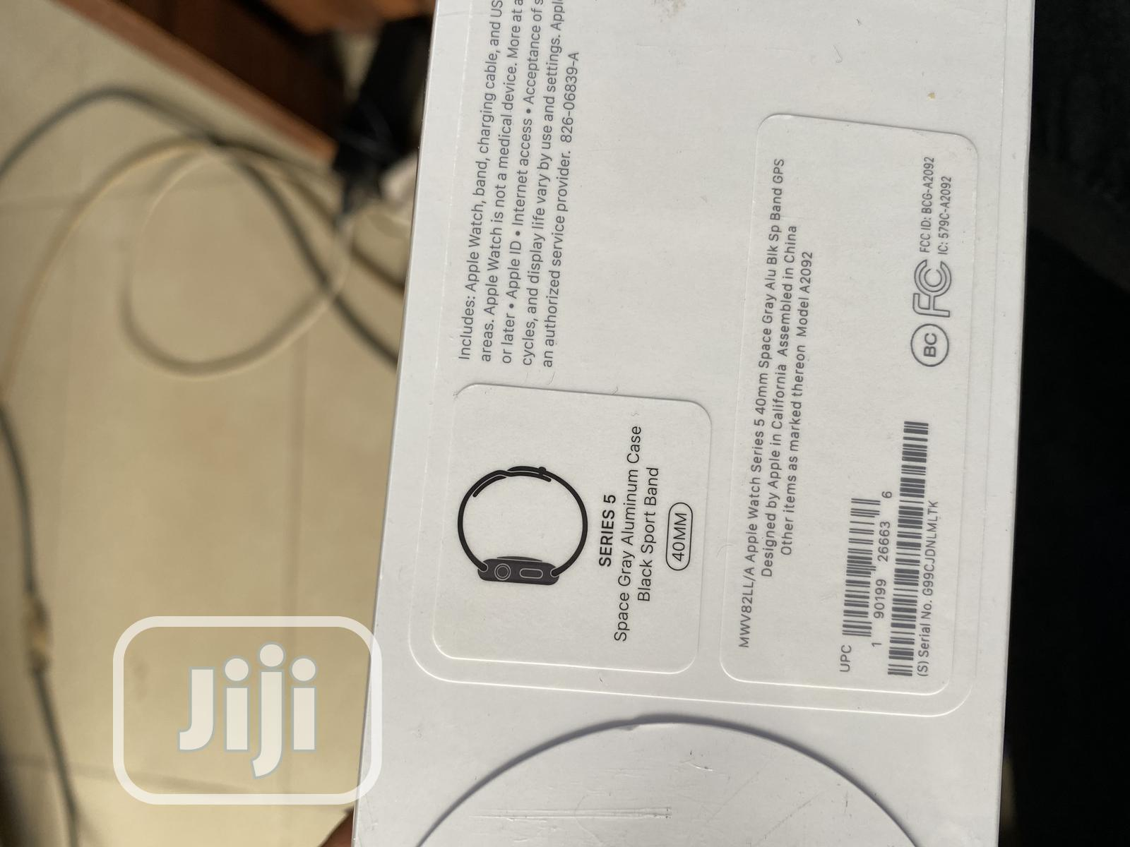Apple I Watch Series 5 40mm | Smart Watches & Trackers for sale in Ikeja, Lagos State, Nigeria