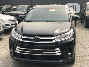 Toyota Highlander 2017 XLE 4x4 V6 (3.5L 6cyl 8A) Black   Cars for sale in Lagos State, Kosofe