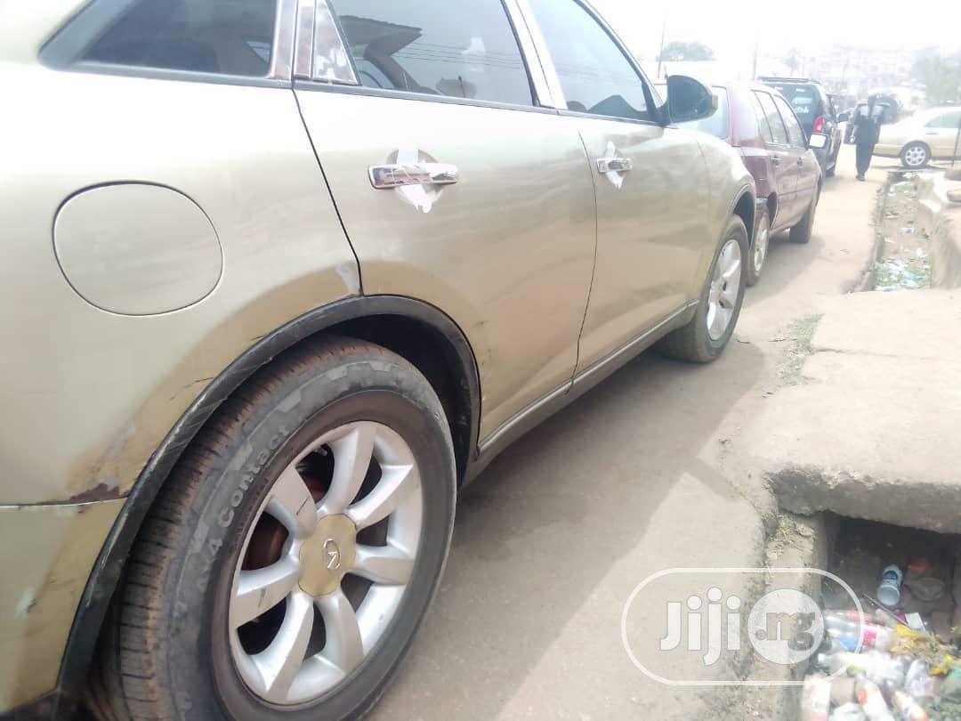 Infiniti FX35 2003 Base 4x2 (3.5L 6cyl 5A) Gold   Cars for sale in Enugu / Enugu, Enugu State, Nigeria