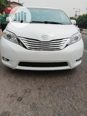 Toyota Sienna 2012 Limited 7 Passenger White | Cars for sale in Lagos State, Ogba