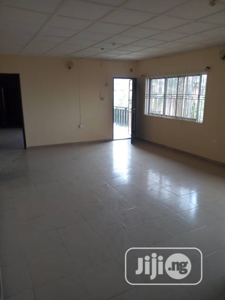 Archive: Nice 3bedroom Flat, Oke-Ira, Ogba