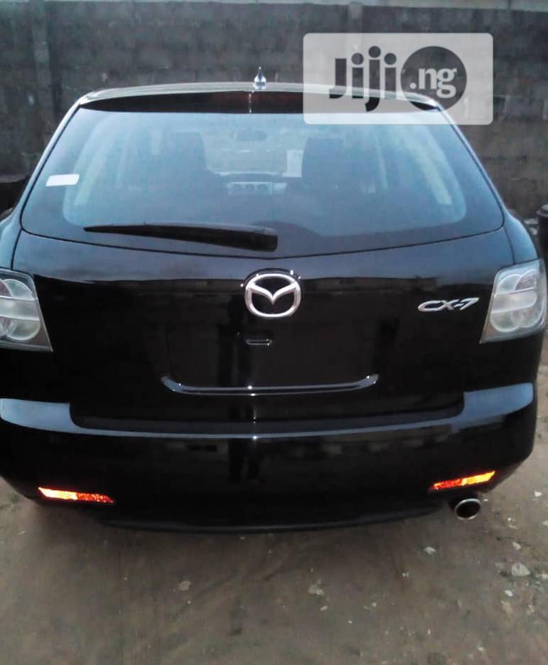Archive: Mazda CX-7 2011 i Sport Black