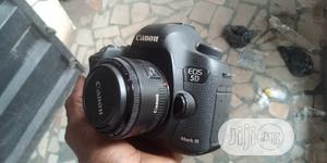 Canon EOS 5D Mark Iii Full Frame Camera With 50mm Lens | Photo & Video Cameras for sale in Edo State, Ikpoba-Okha
