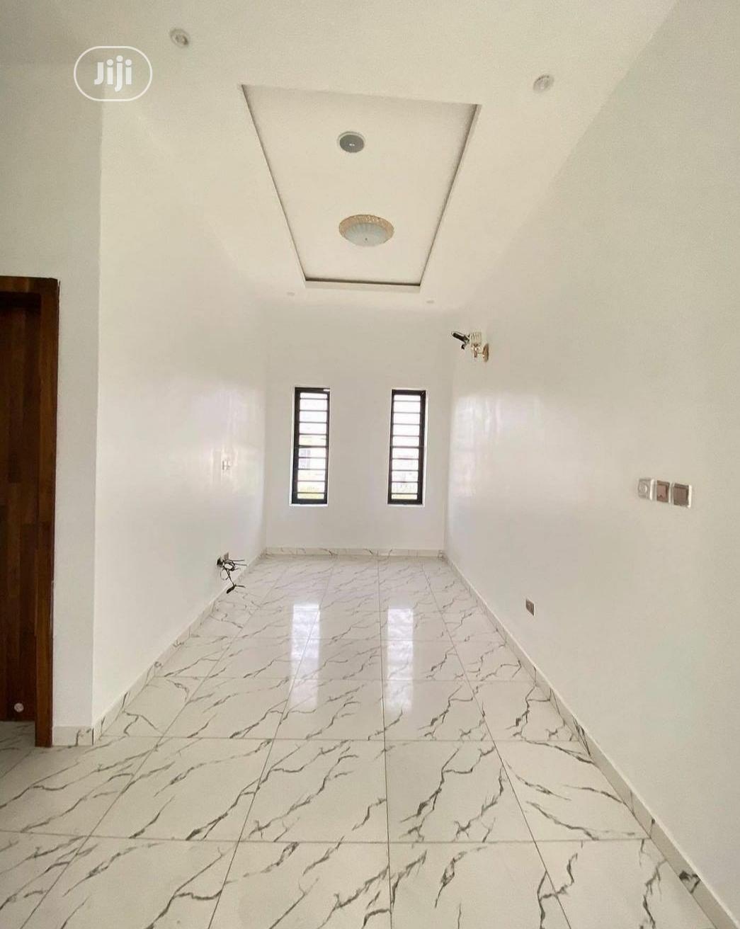 5 Bedroom Duplex for Sale at Lekki Phase 2, Lagos | Houses & Apartments For Sale for sale in Lekki Phase 2, Lekki, Nigeria