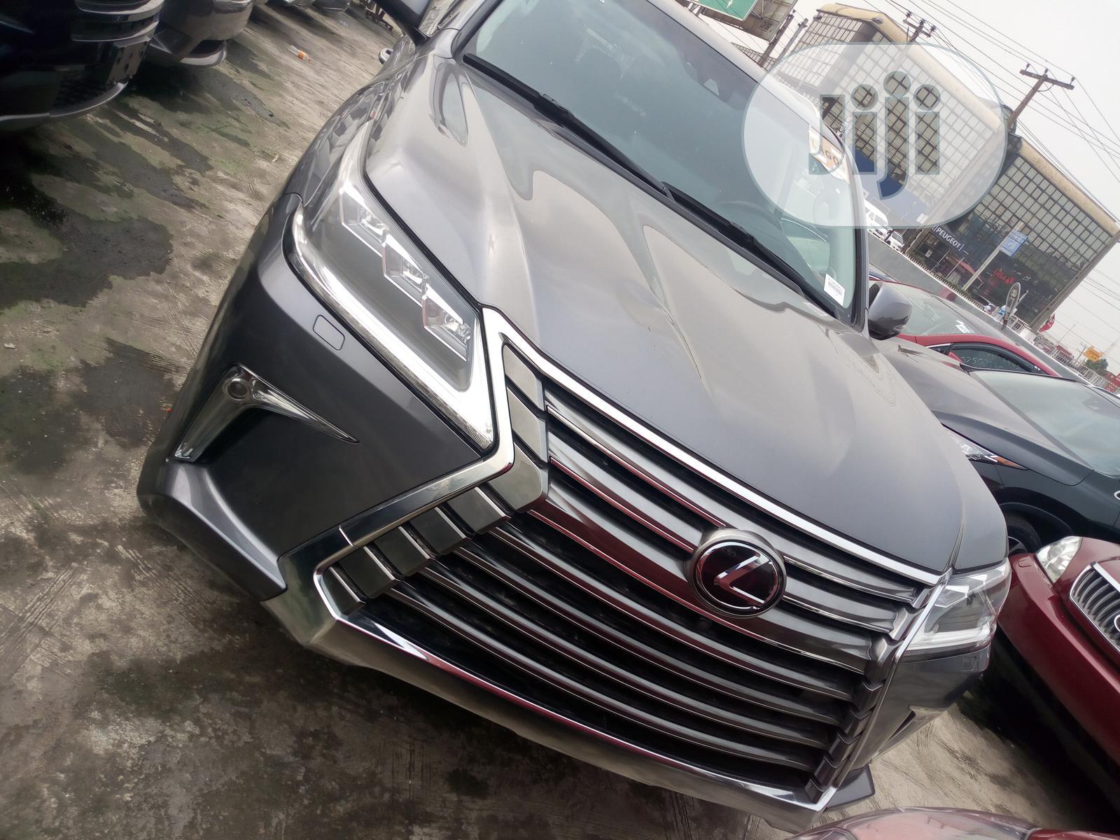 Lexus LX 2016 570 Base Gray