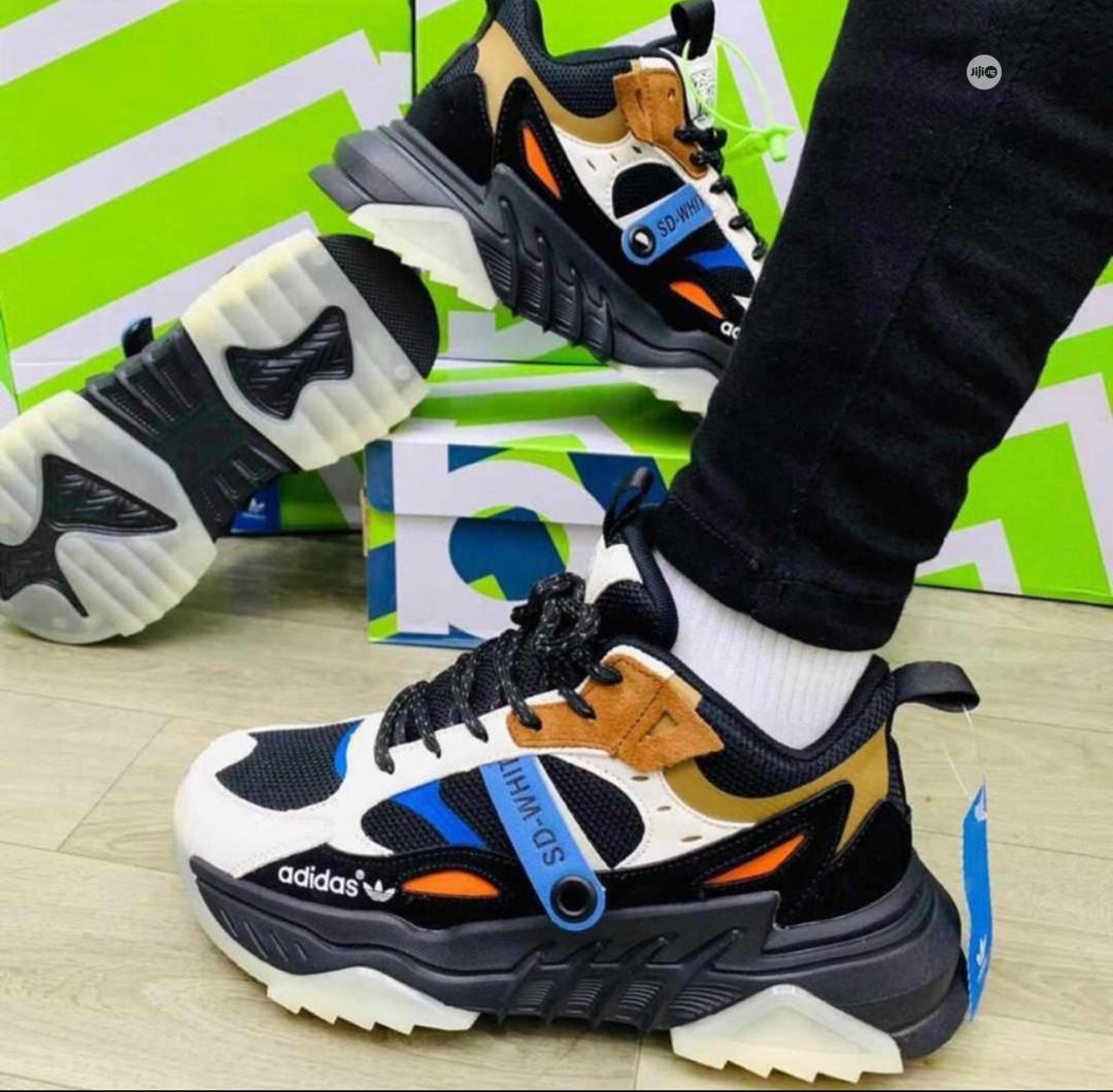 Original and Affordable Adidas Sneakers | Shoes for sale in Surulere, Lagos State, Nigeria