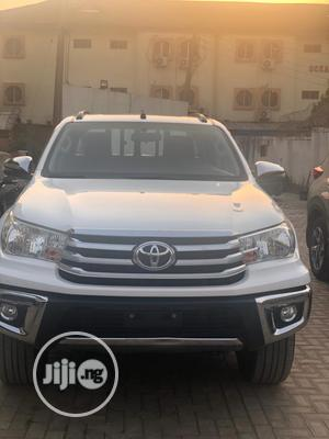 New Toyota Hilux 2019 White | Cars for sale in Abuja (FCT) State, Wuse 2