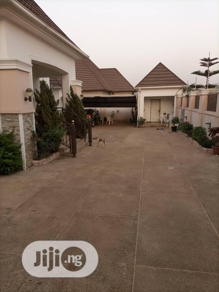 3bedroom Bungalow With 2bedroom Flat for Sale at Life Camp.   Houses & Apartments For Sale for sale in Gwarinpa, Abuja (FCT) State, Nigeria