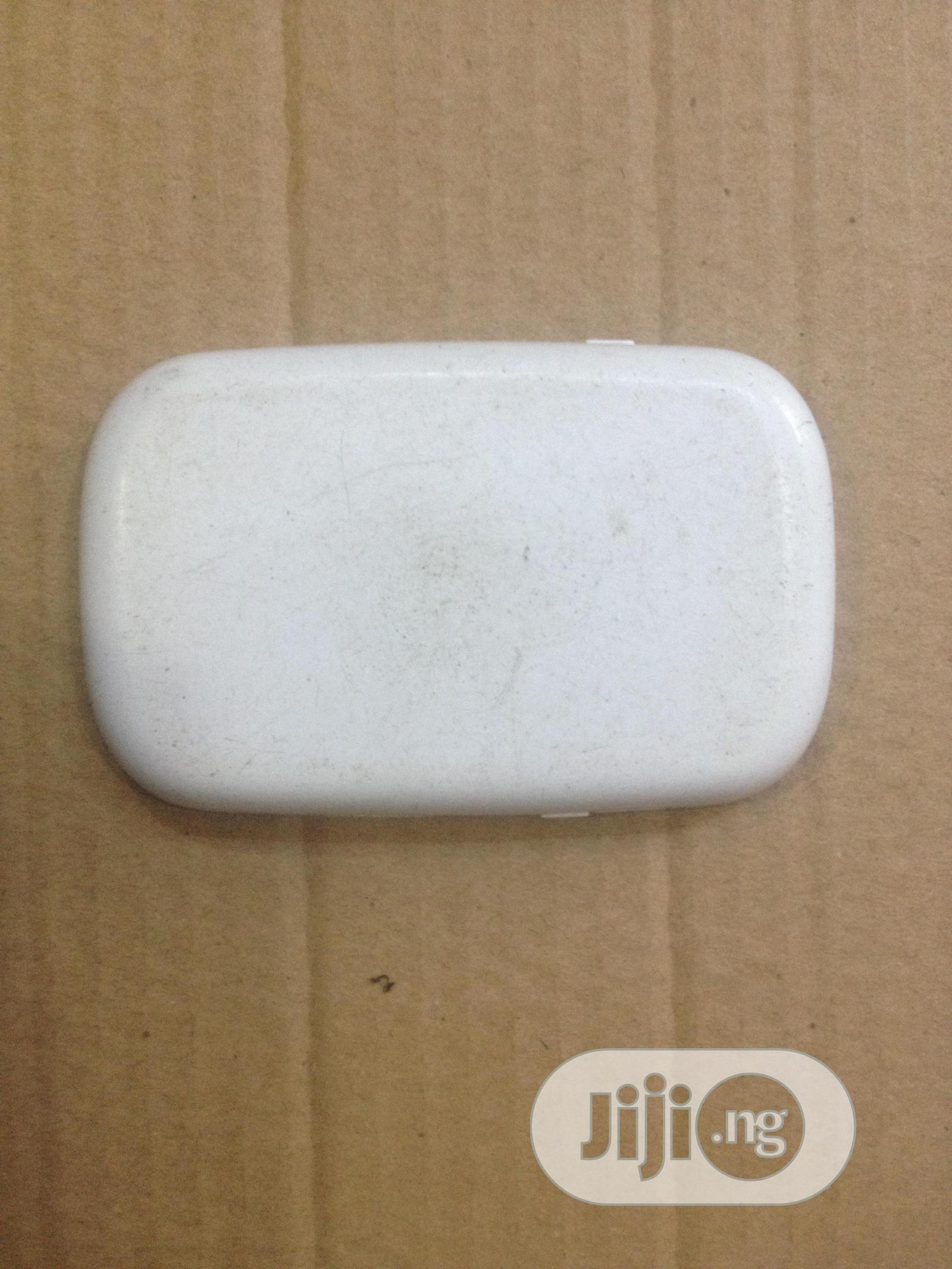 Busy 3G Universal Pocket Mobile Wifi Router Hotspot