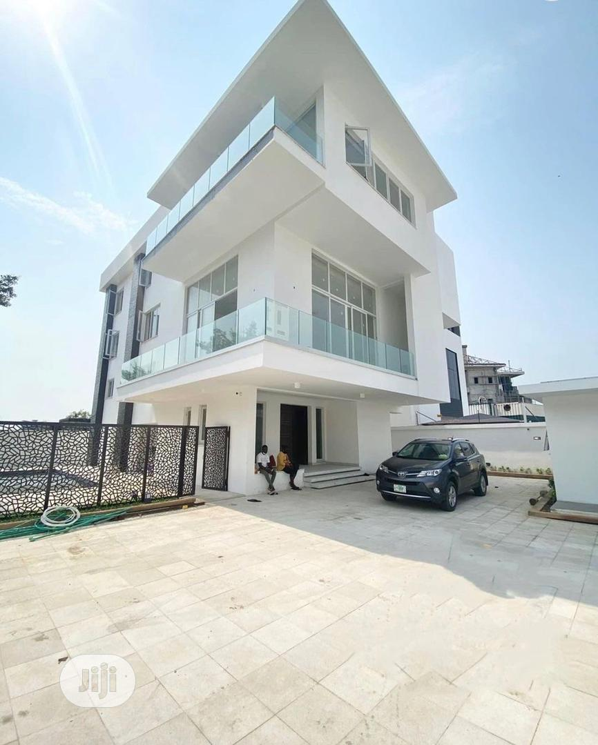 Archive: 5 Bedrooms Detached Duplex With 2 Room Bq at Banana Island