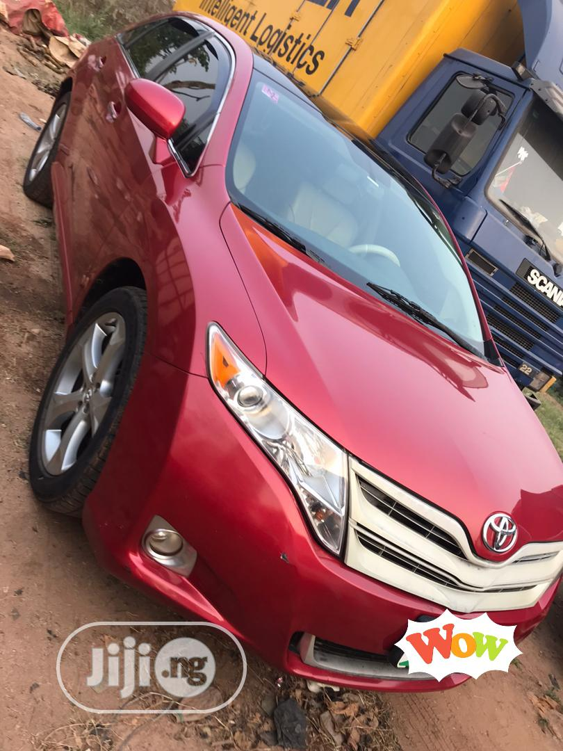 Archive: Toyota Venza 2010 V6 AWD Red