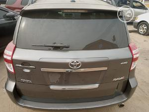 Toyota RAV4 2009 Sport V6 4x4 Gray | Cars for sale in Lagos State, Amuwo-Odofin
