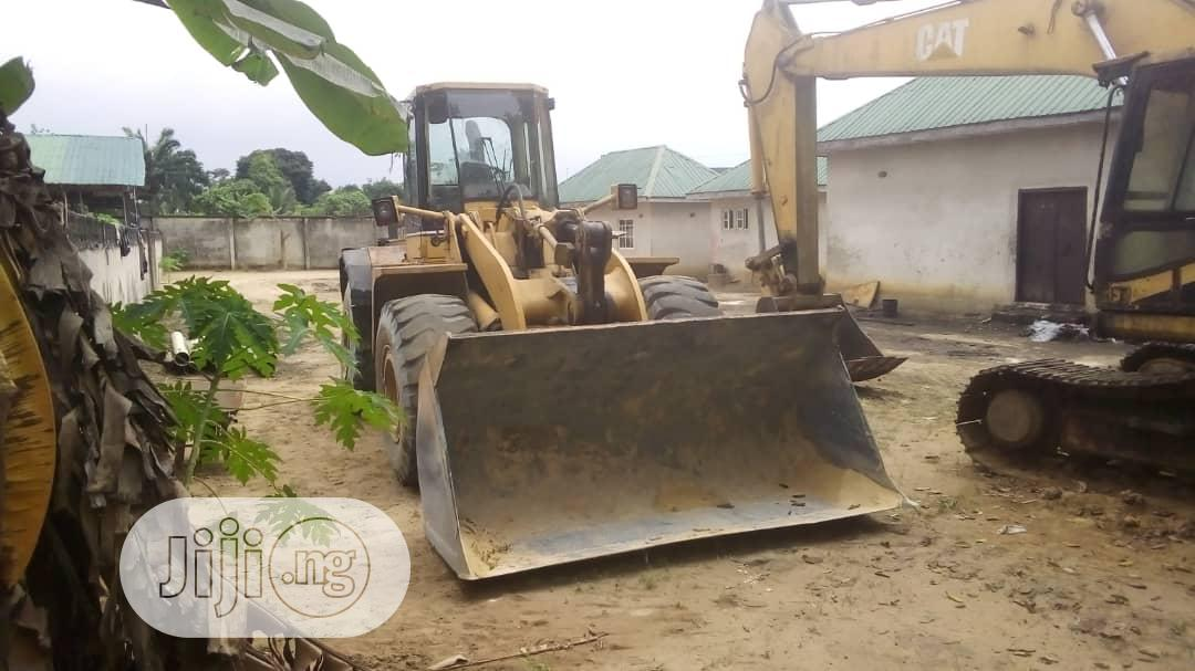 Archive: 950F Payloader 2014 Yellow For Sale
