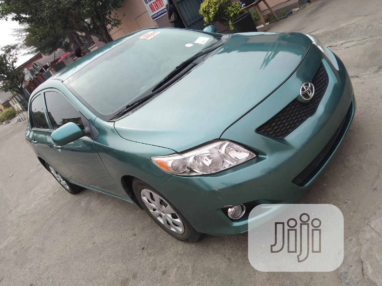 Toyota Corolla 2010 Green