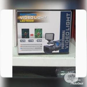 Video Light   Photo & Video Cameras for sale in Lagos State, Ikeja