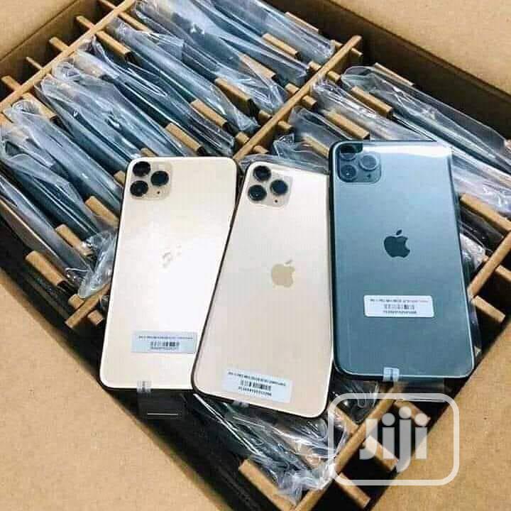 New Apple iPhone 11 Pro Max 64 GB Black