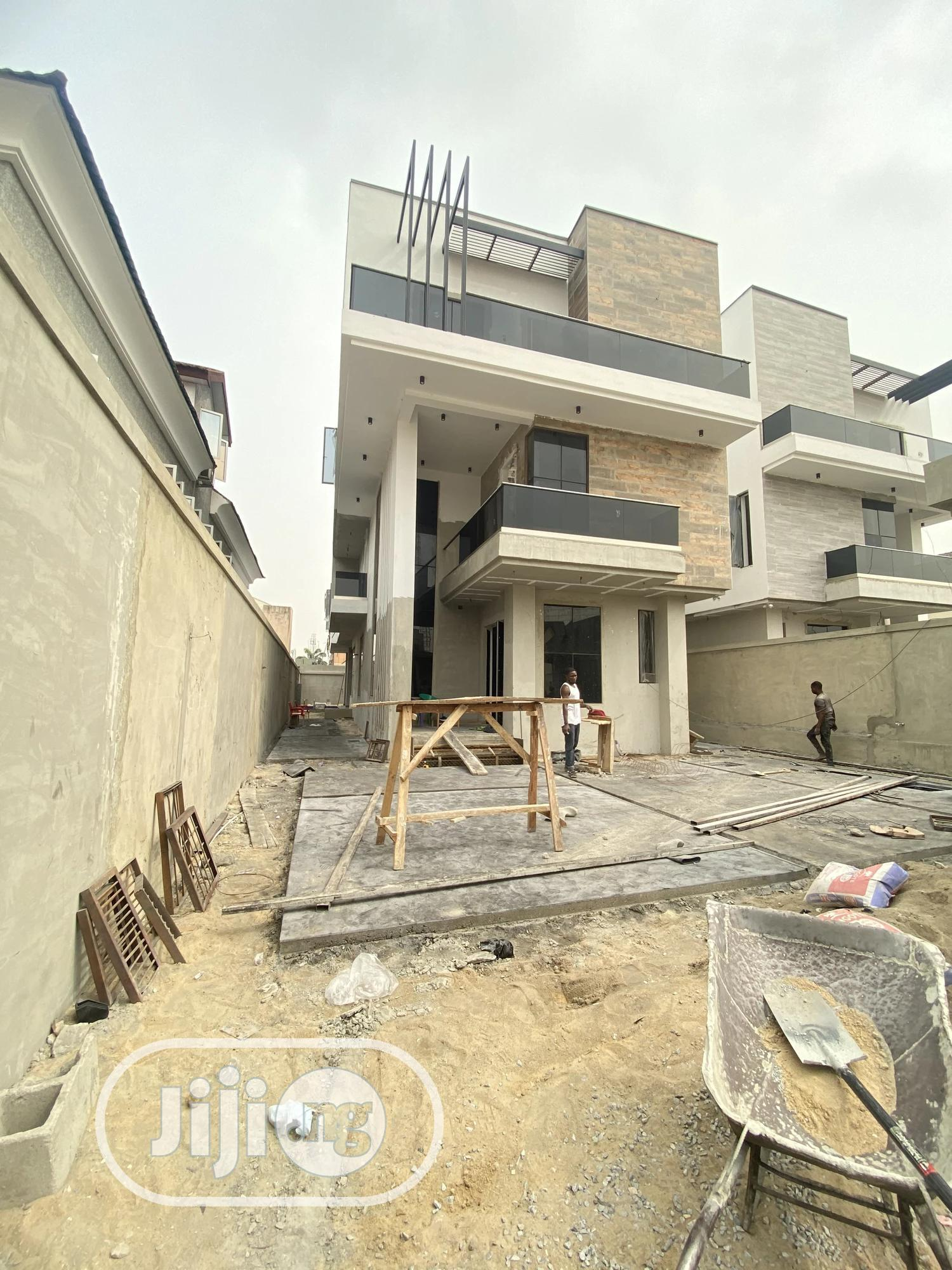 5 Bedroom Mansion With Pool, Cinema, Gym, Penthouse