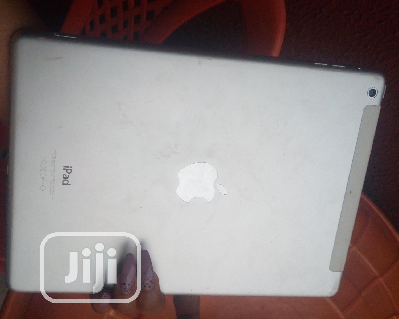 Archive: Apple iPad Air 64 GB Gray