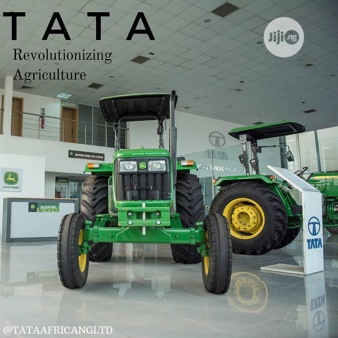 New John Deere Tractor 65hp 2wd