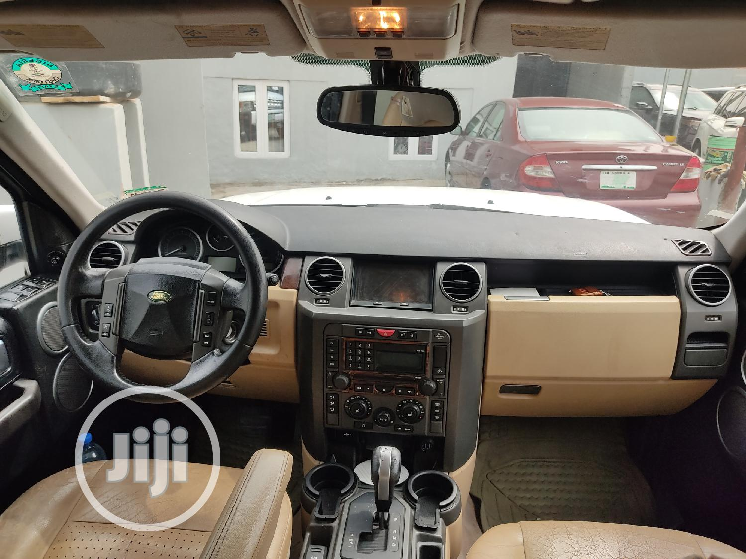 Archive: Land Rover LR3 2007 HSE White