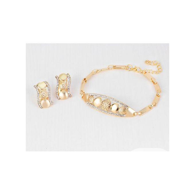 Archive: Magnificent Women Wedding Necklace And Jewelry Set- Gold