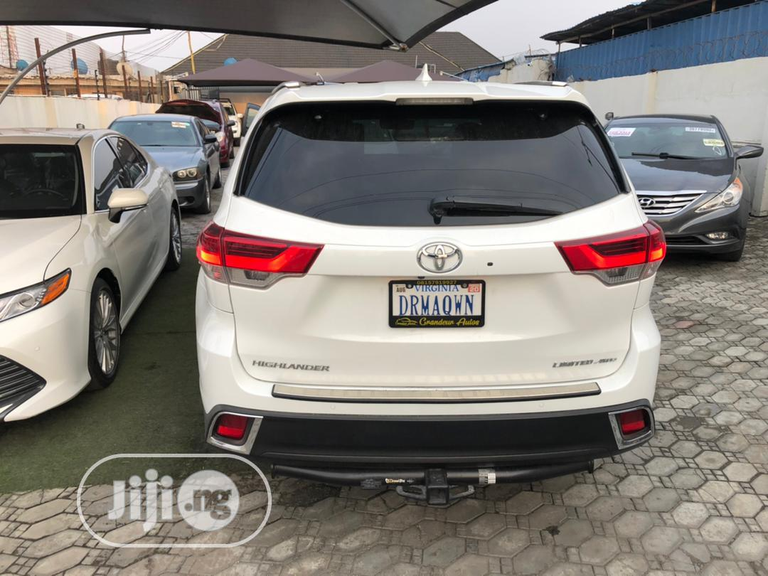 Toyota Highlander 2018 White | Cars for sale in Ajah, Lagos State, Nigeria