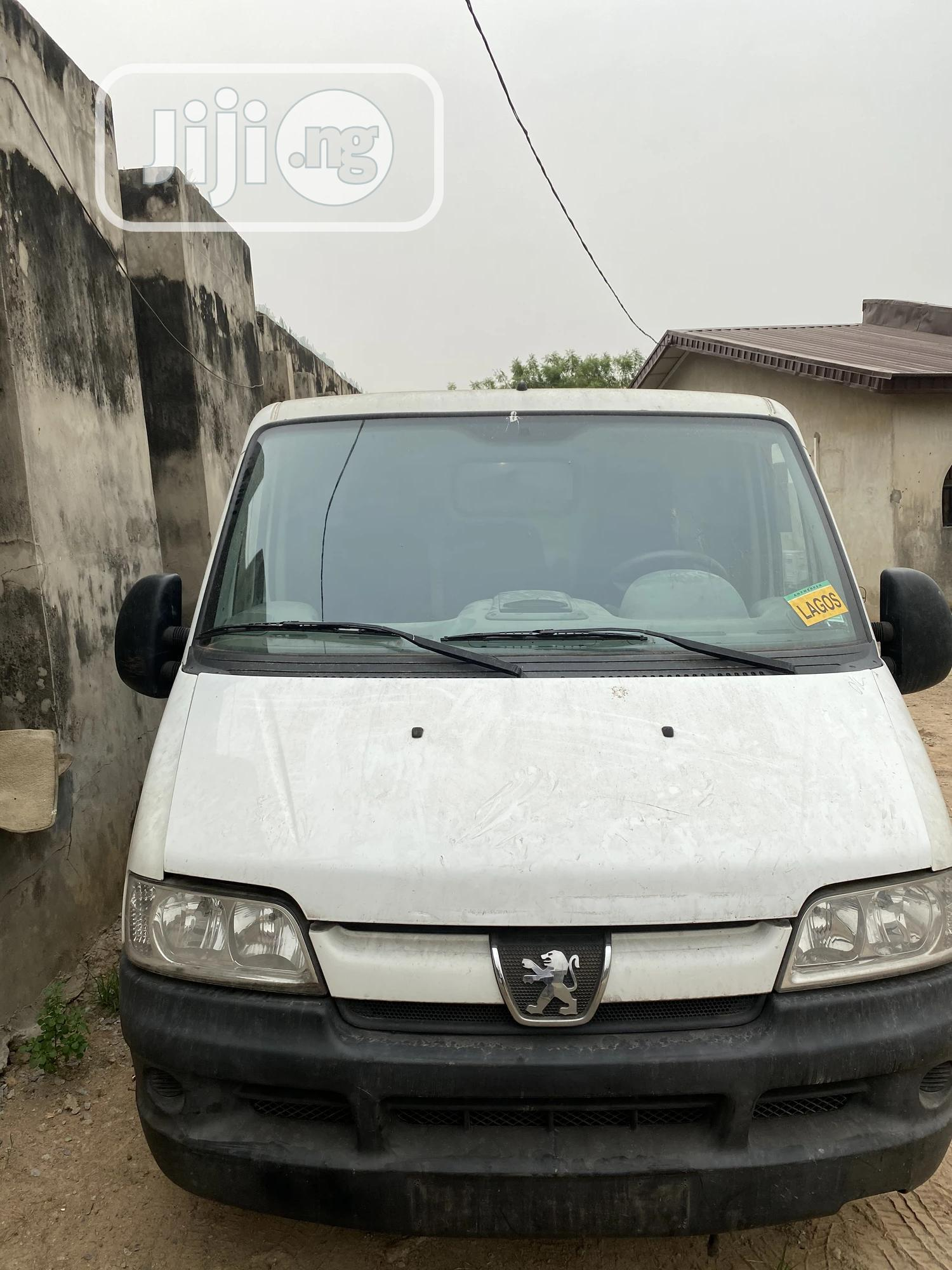 Peugeot Boxer 2001 White | Buses & Microbuses for sale in Ifako-Ijaiye, Lagos State, Nigeria