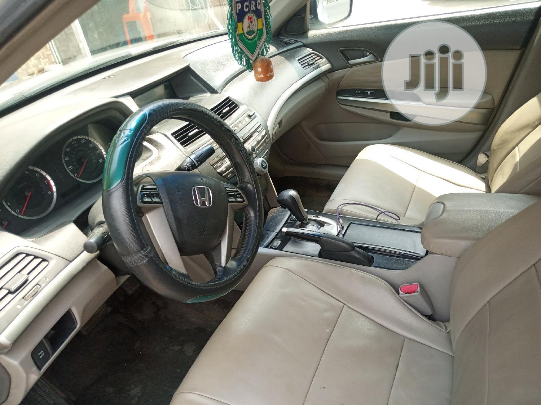 Archive: Honda Accord 2009 Coupe 3.5 EX-L V6 Silver