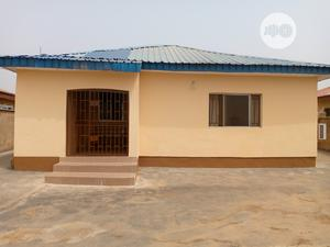 Cute 3 Bedroom Bungalow With a BQ at Akala Express   Houses & Apartments For Sale for sale in Ibadan, Akala Express