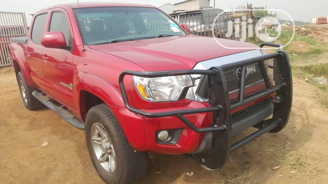 Toyota Tacoma 2013 Red