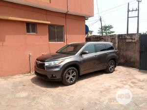 Toyota Highlander 2016 XLE V6 4x4 (3.5L 6cyl 6A) Gray | Cars for sale in Lagos State, Magodo